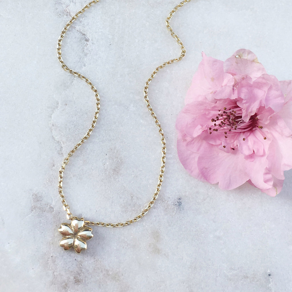 Sakura Necklace - Mini, Yellow Gold