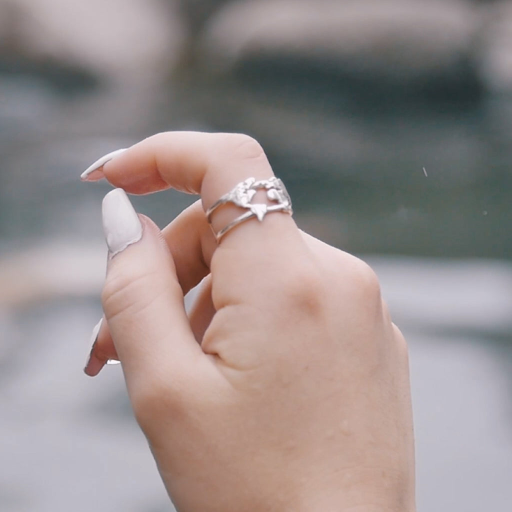World Map Ring White Gold Of The Free