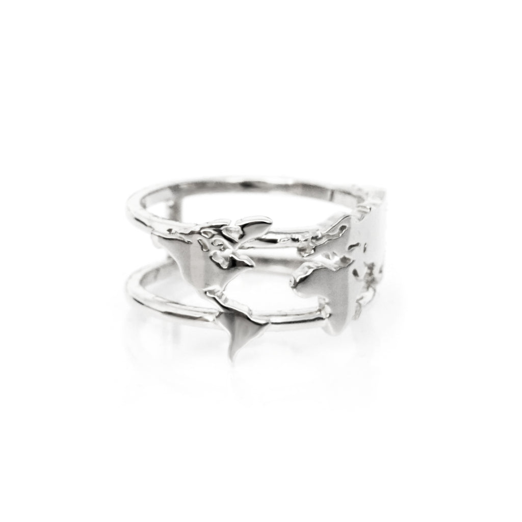 World map ring white gold of the free world map ring white gold gumiabroncs Image collections