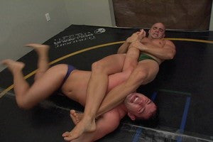 Tony Ajax arm bar legs