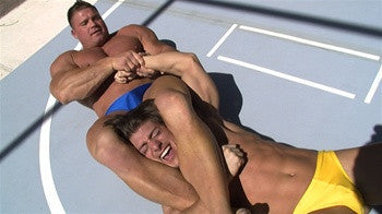 Johnny Bravo tortures Zmans arm with an amazing armbar submission in Thunders Arena