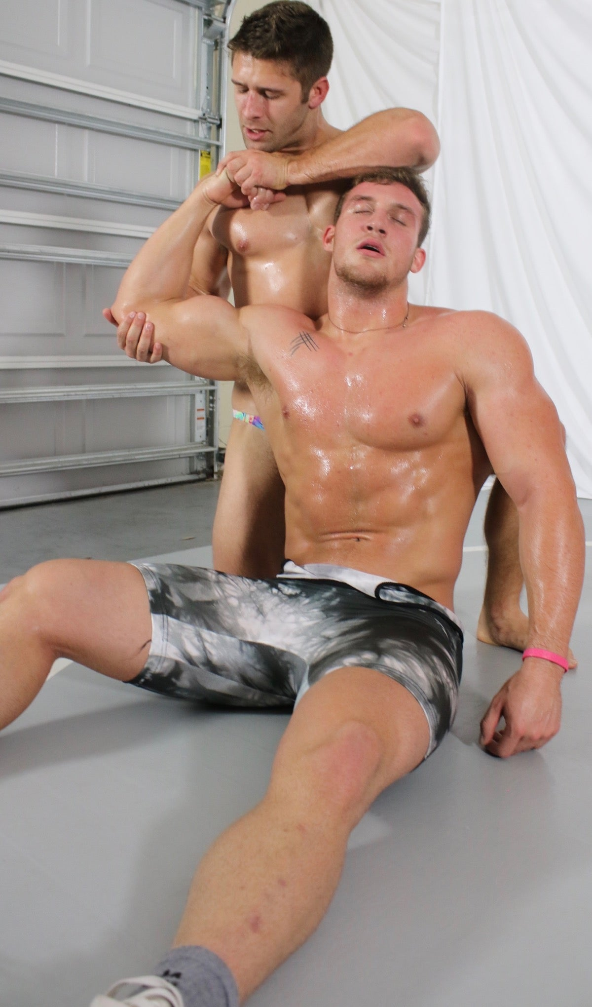 Cason from thunders arena wrestling fucks hot chick - 3 7