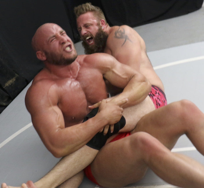 brute bear bodyscissors submission hold submit thunders arena