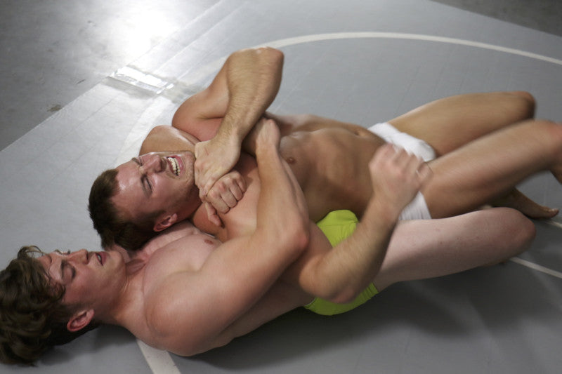 scrappy frey chokehold bodyscissors submission hold choke submit