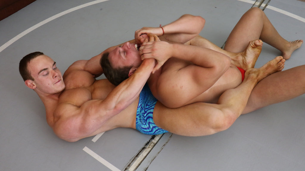Travis Santiago  Bodyscissors choke submissiom hold chokehold submit