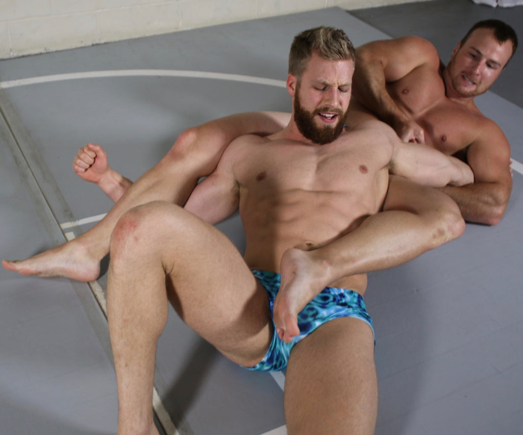 wrestler in a body scissor