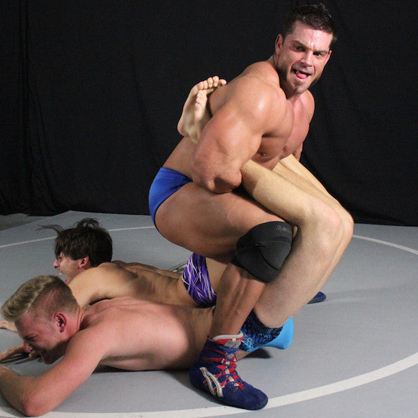 Brian Cage Tak ZMan Double Boston crab submission hold submit