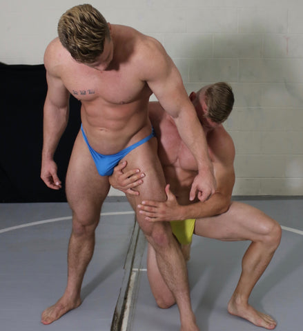 Muscle worship Thunders arena