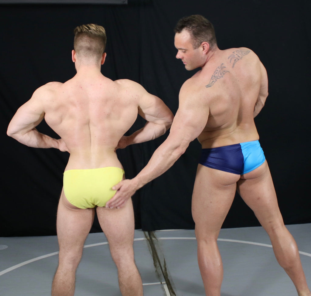 Mark Muscle Duke posing butt muscle worship