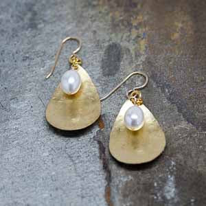 Hammered Teardrops & WHITE Pearls