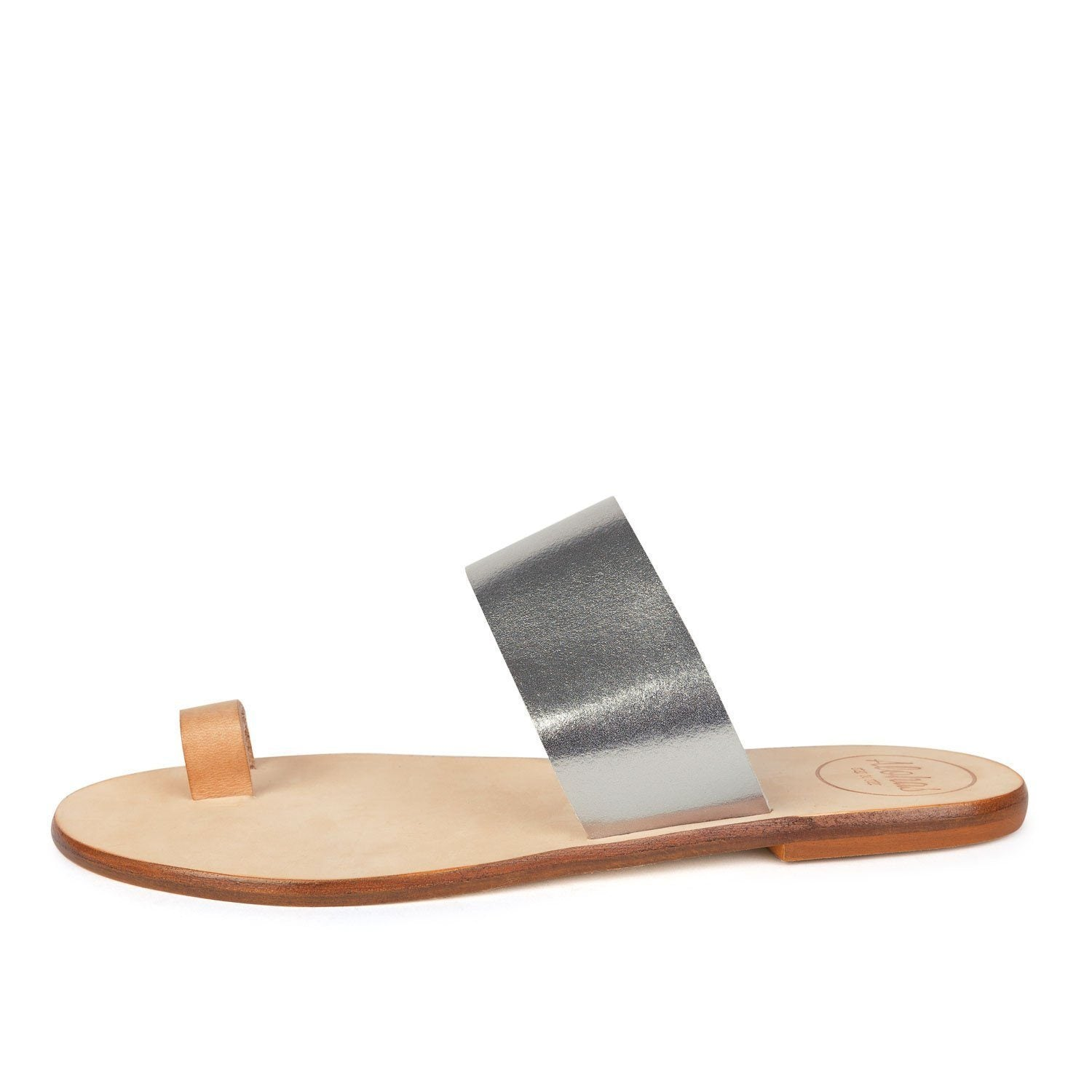 Black minimalist sandals
