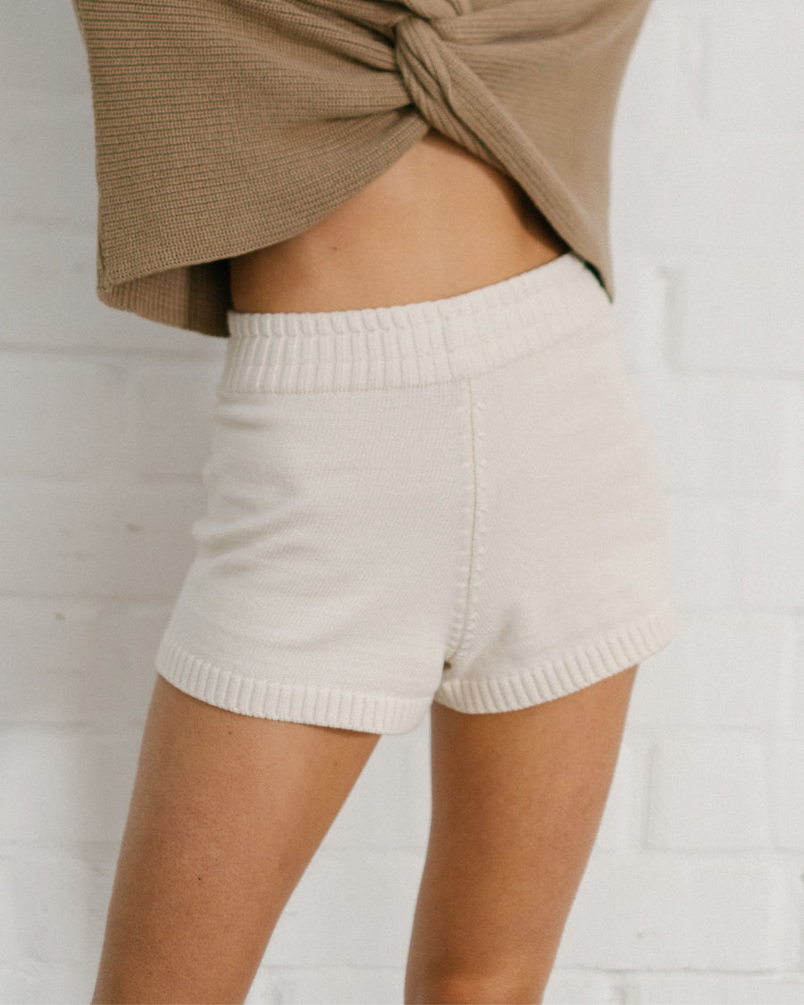 Nice Knit Short Off White