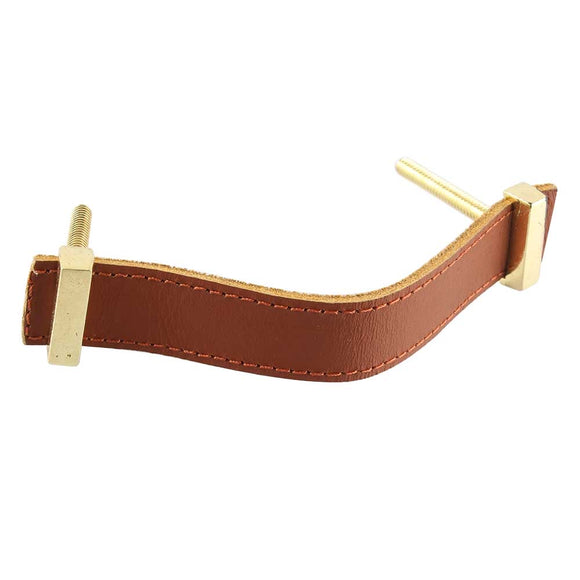Saddle colored leather + brass pull