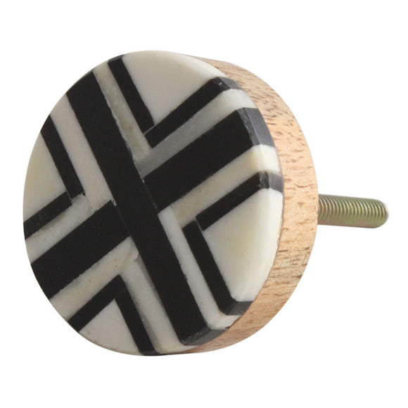 Black and cream 'x' knob