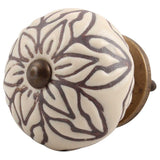 Brown/plum floral knob
