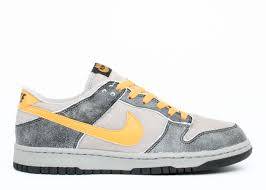 "NIKE DUNK LOW (LTD) ""WASH PACK"""