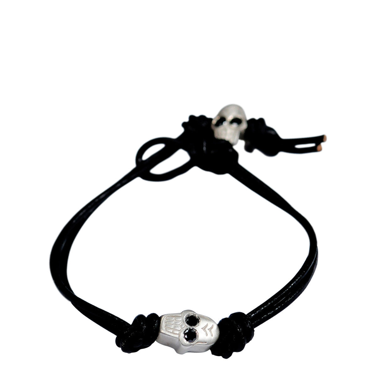 Men's Sterling Silver Single Skull Bracelet with Black Diamond Eyes