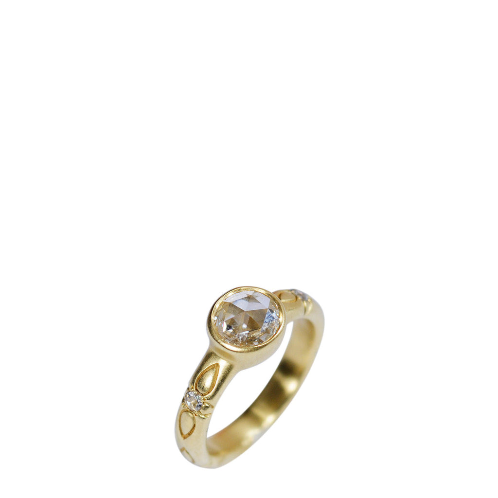 18K Gold 5.5mm Rose Cut Diamond Ring with Fine Lotus Band