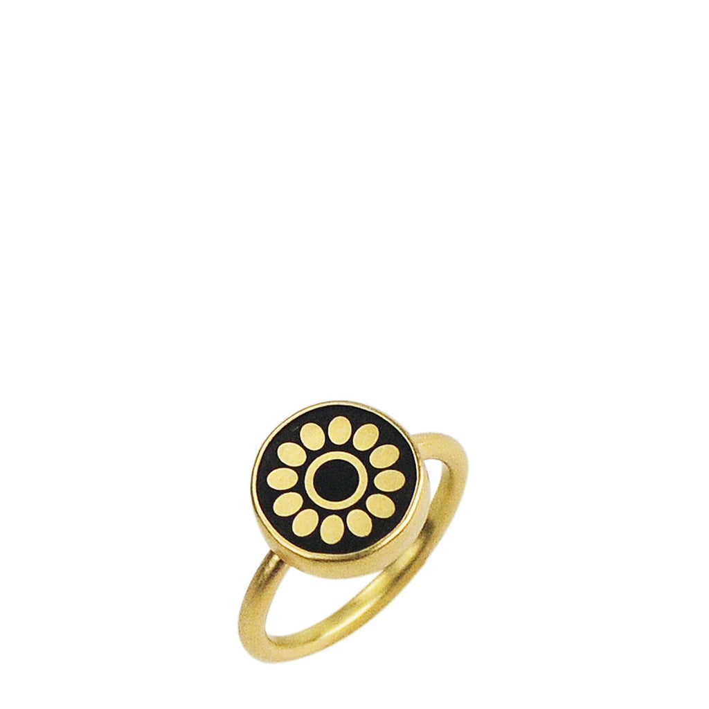 18K Gold Small Ebony Flower Ring