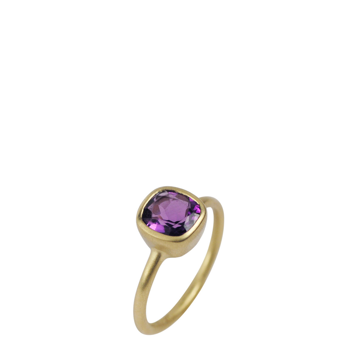 18K Gold Amethyst Cushion Ring