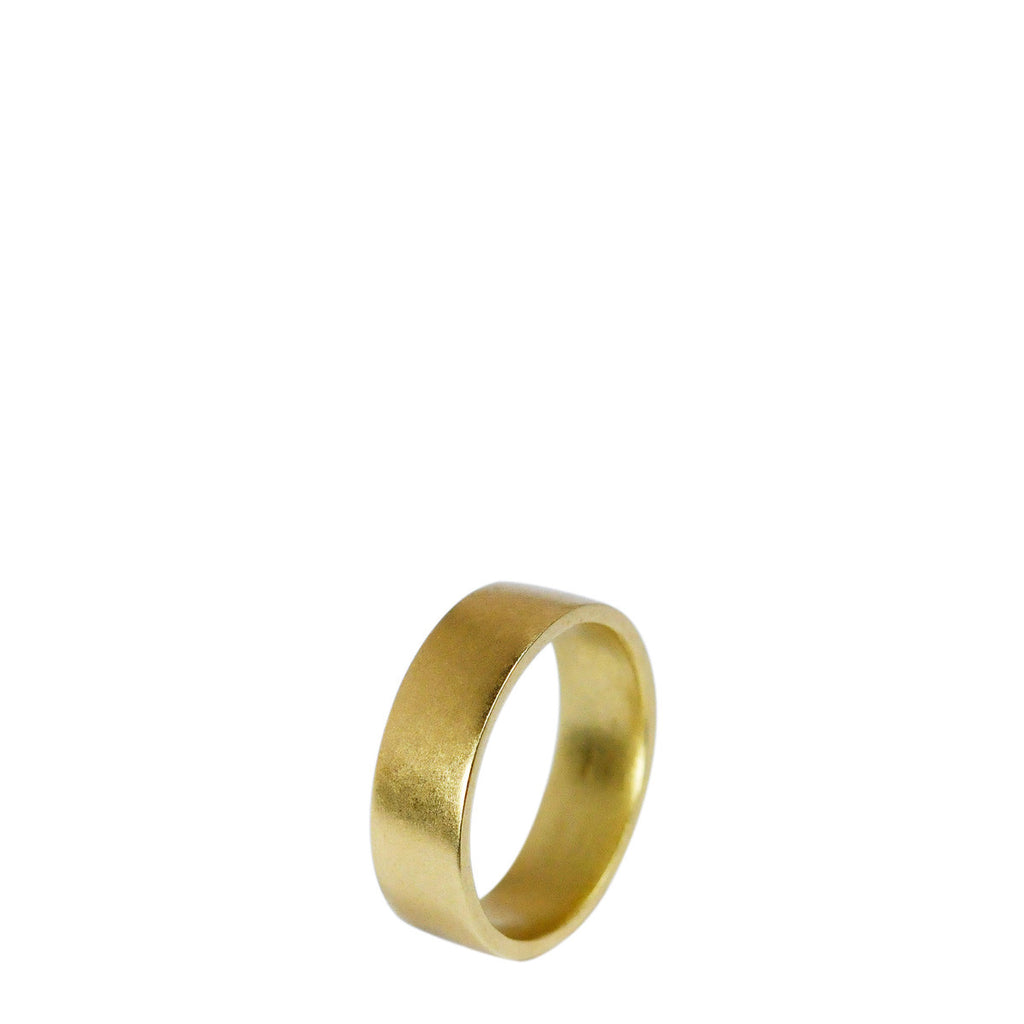 Men's 18K Gold 5.5mm Smooth Band