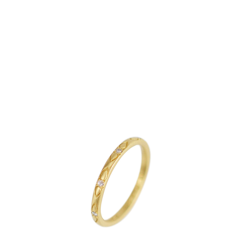 18K Gold Extra Fine Lotus Band with Diamond