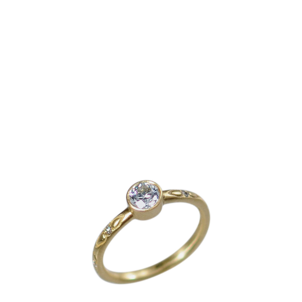 18K Gold 1/2 Carat Brilliant Diamond Ring on Lotus Band