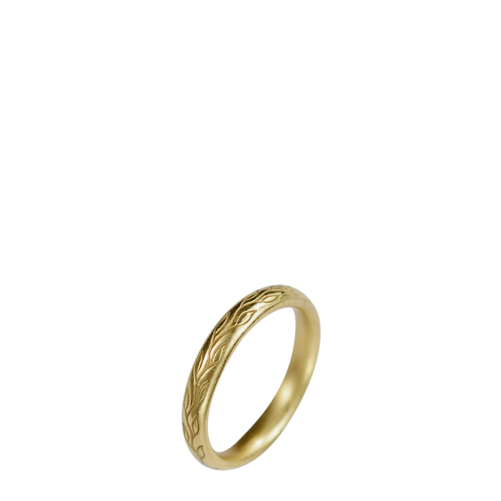 18K Gold Vine Band