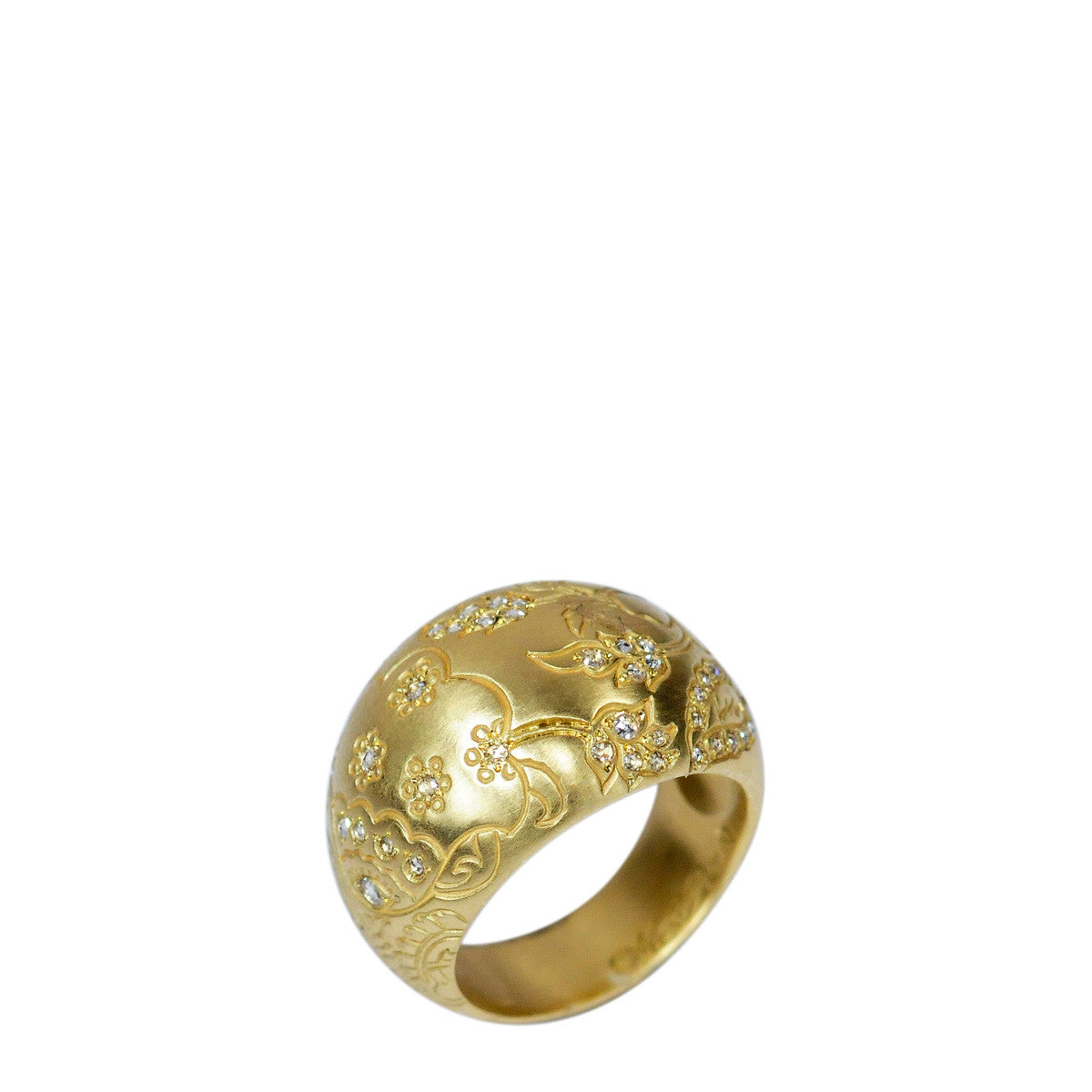 18K Gold Engraved Paisley Dome Ring with Diamonds