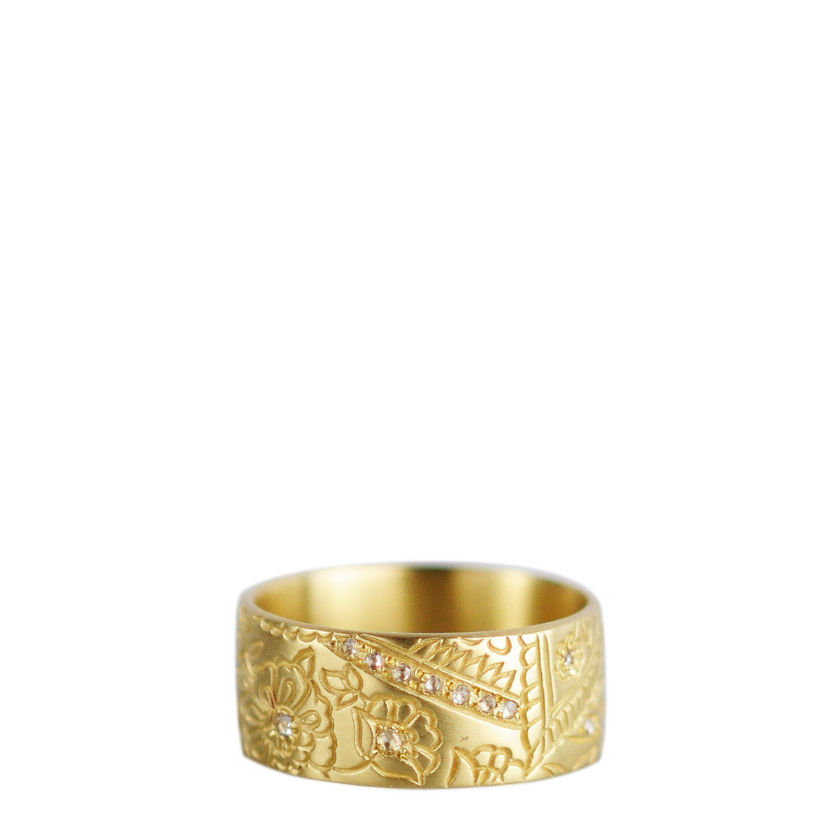 18K Gold 9mm Paisley Band with Diamonds