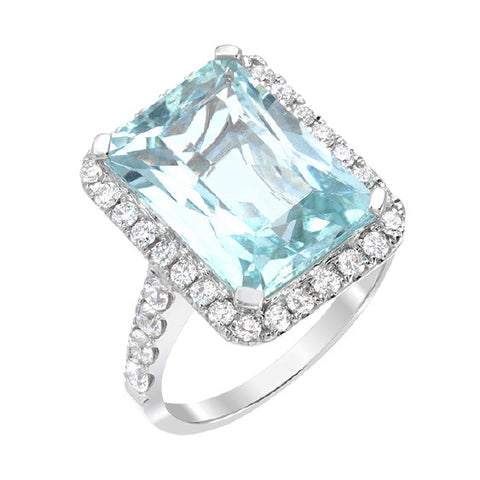 14kt White Gold Aquamarine and Diamond ring