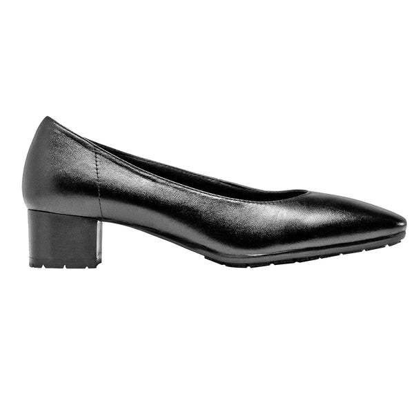 XERES short heeled women's chef and service non slip dress shoe