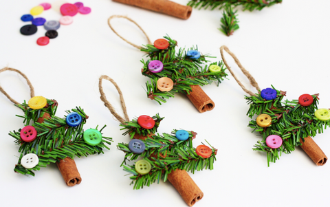 10 of the Best  & Easiest Homemade Christmas Decorations