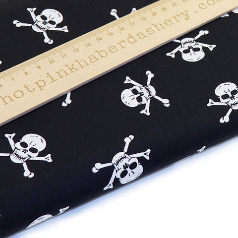 Pirate skull & crossbones - 100% Cotton Poplin Fabric by Rose & Hubble