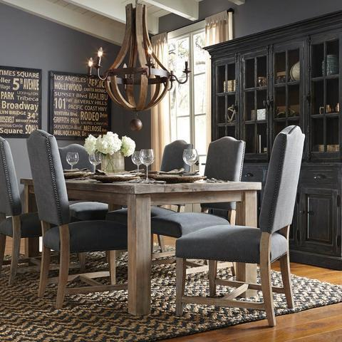 Formal Dining Rooms Make a Comeback