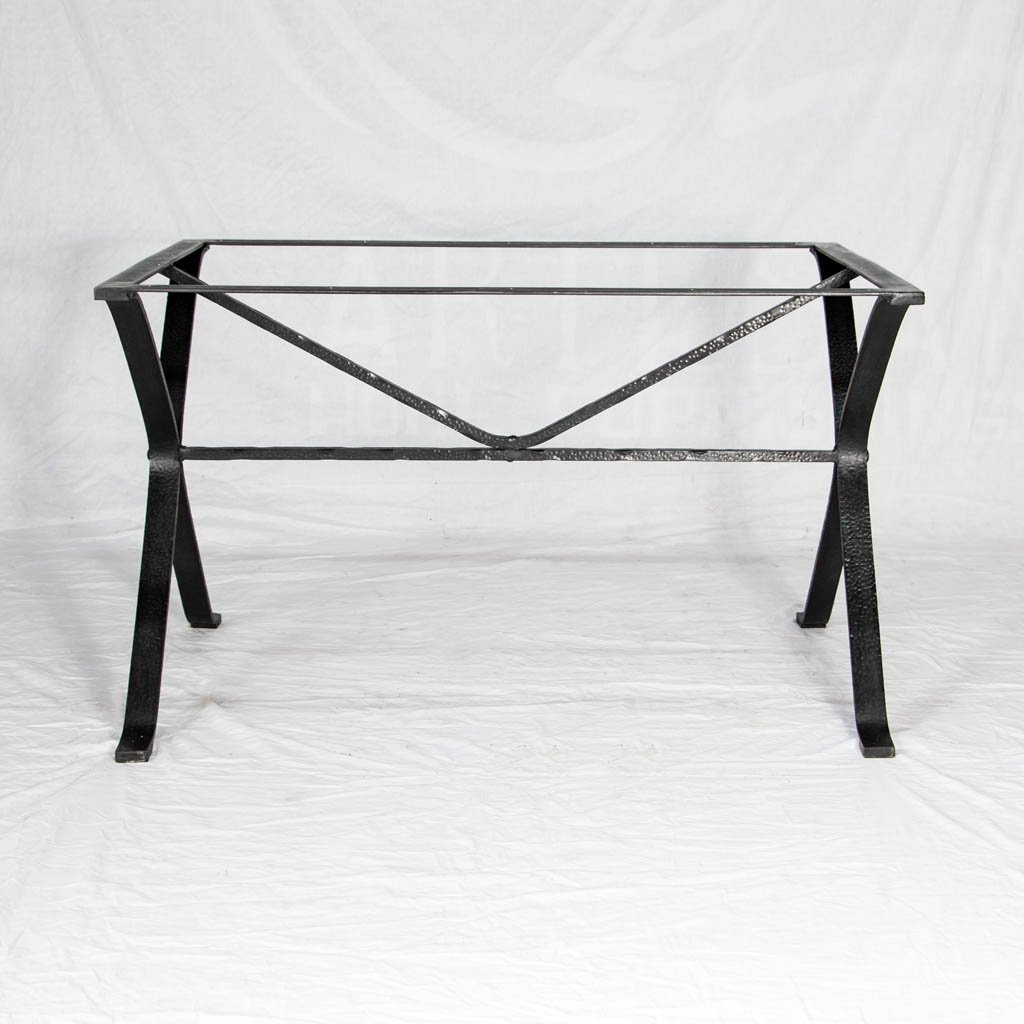 Animas Hand-hammered iron table base