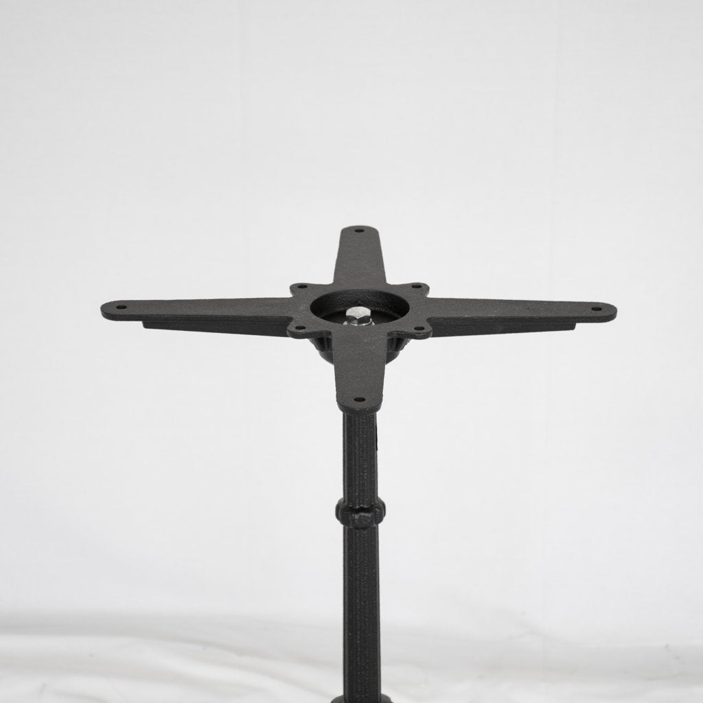 Artesanos Ingram coppe bistro table