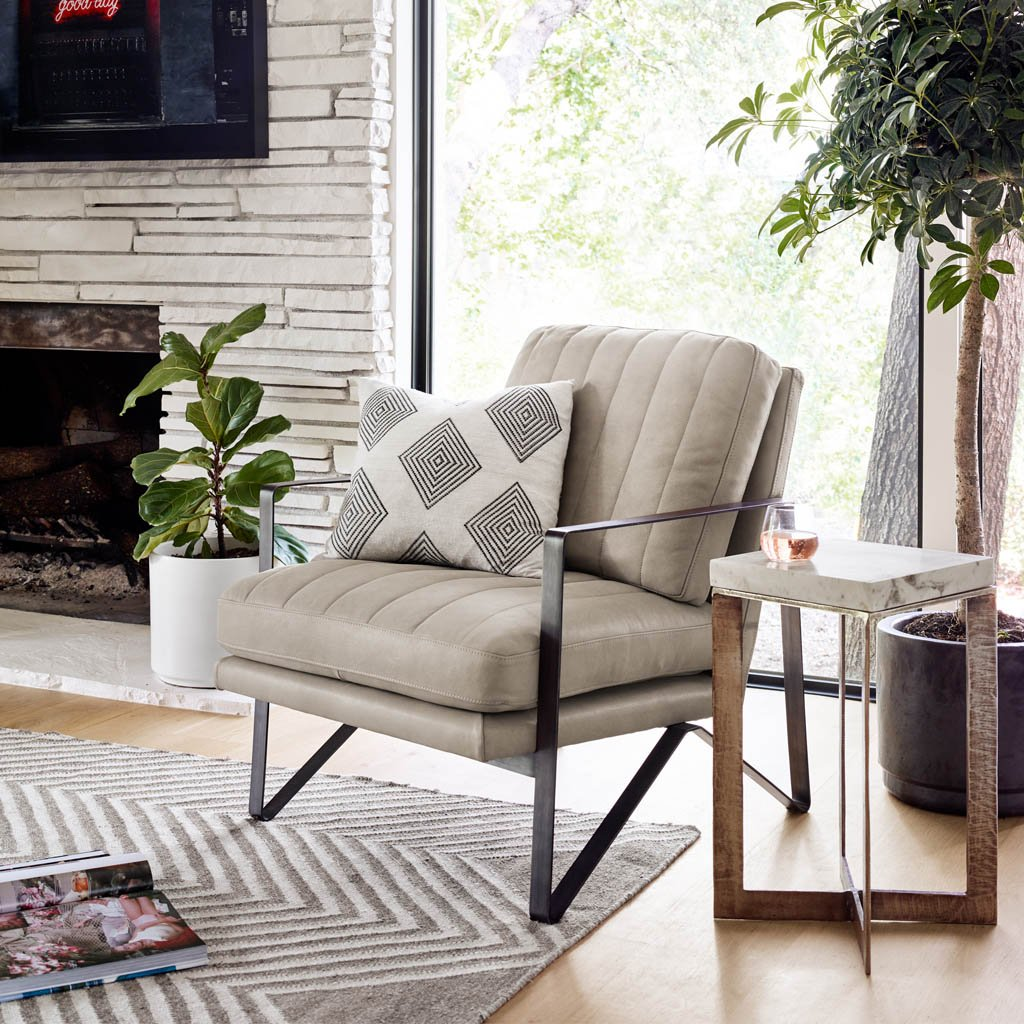 living room accent chair leather
