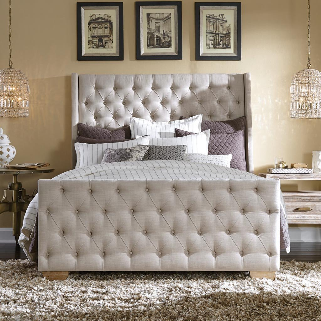 Laurent tufted bed