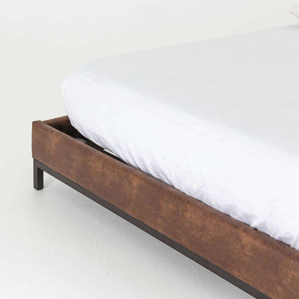 Newhall Bed - Vintage Tobacco CKEN-114A8Q-089
