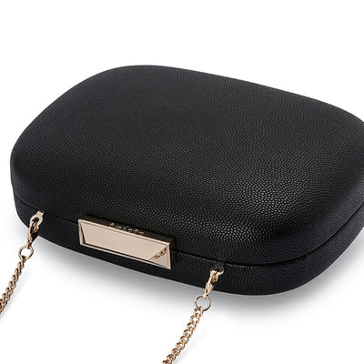 Mila Rounded Simple Black Clutch Detail View