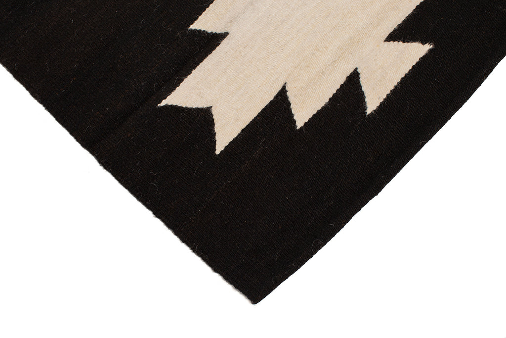 Elvira Runner |  Black & Natural