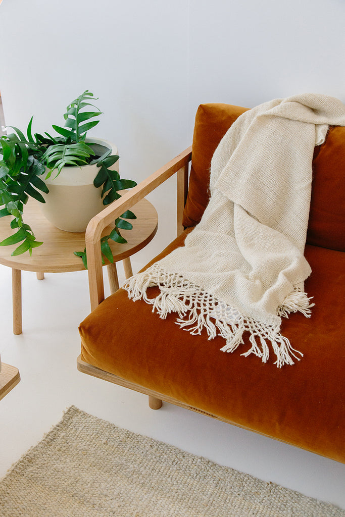 Puna Llama throw | Natural White