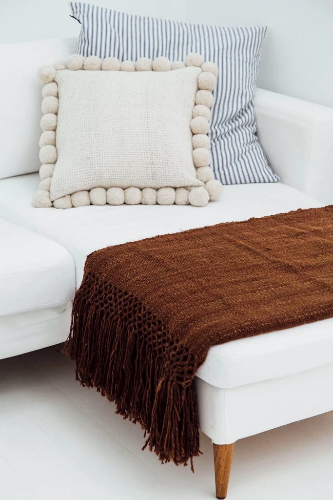 Puna Llama throw | Tobacco