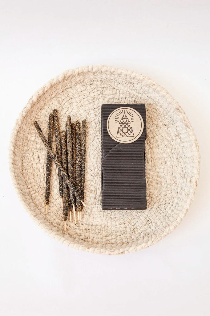 Artisanal incense sticks / Palo Santo