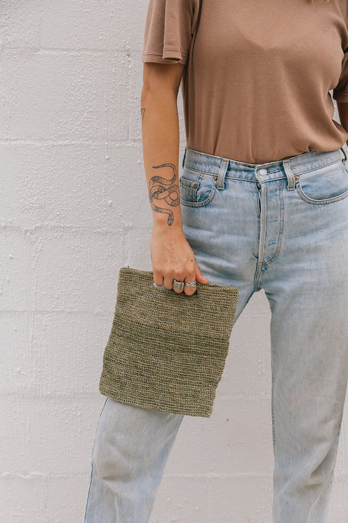 Litoral Woven Clutch #0350