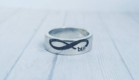 Custom Infinity Initial Ring - Choose your initials - Etched Pewter Ring - Gifts for Her- Best Friend Rings - Friendship Jewelry - Silver