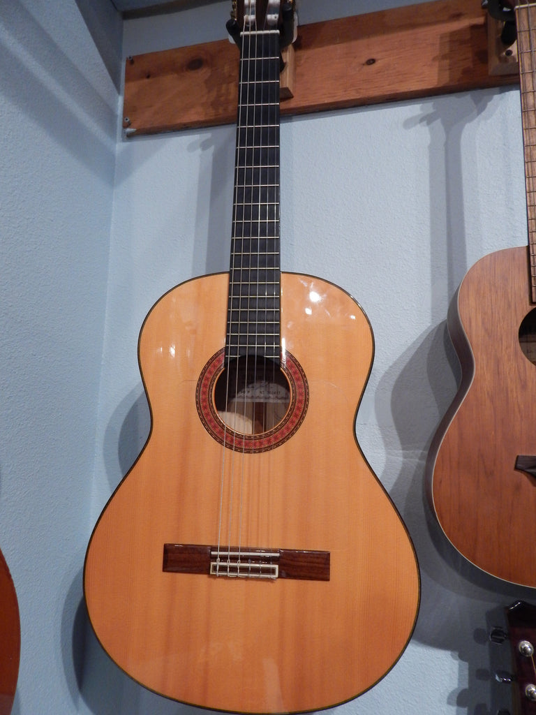 Alhambra Model 10 F - Flamenco Guitar