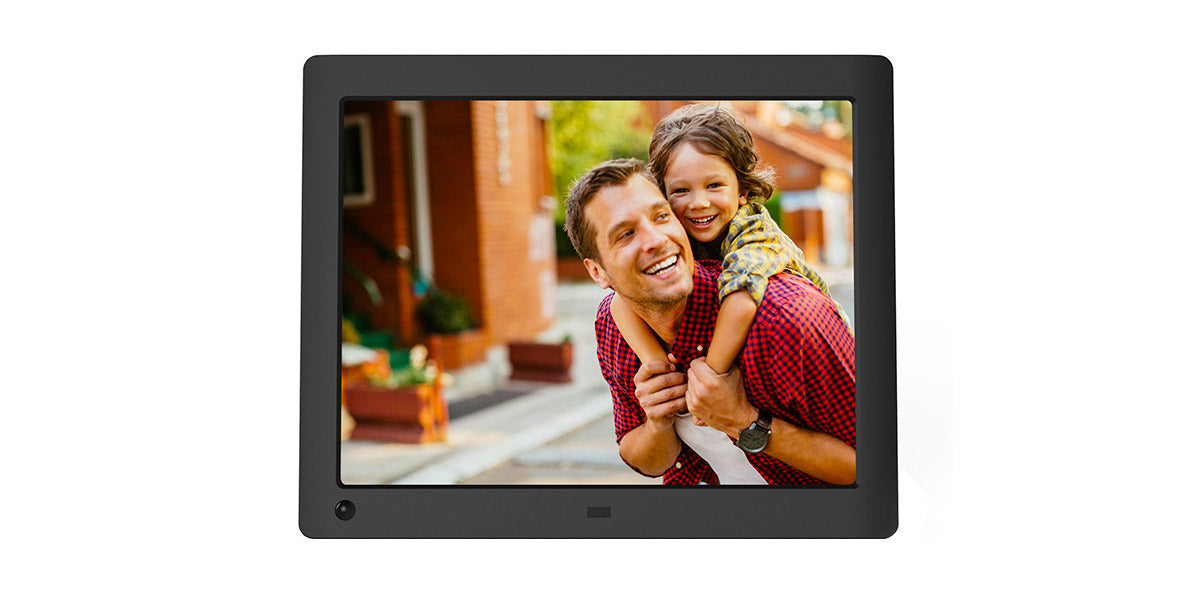 8 inch Hi-Res Digital Photo Frame with Motion Sensor by NIX