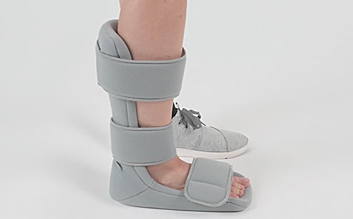 Adjustable strap soft night splint